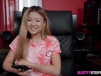 Hot Asian Teen Stepsister Banged Wits Say no to Stepbrother