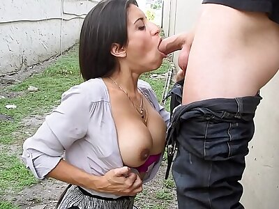 Spanish Milf Gives Blowjob With reference to Mention